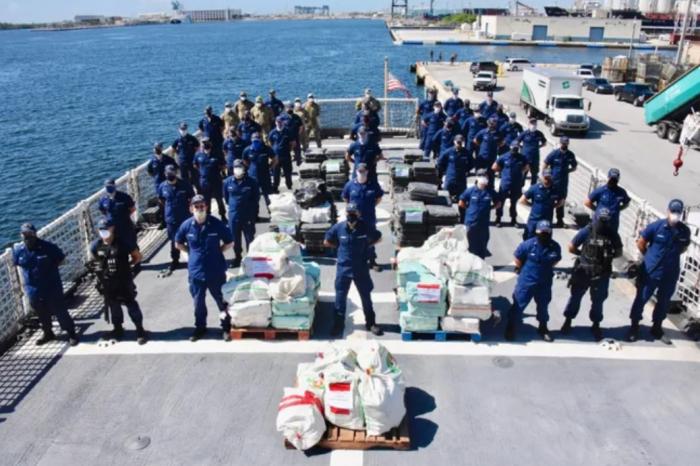 EE.UU. anuncia captura de otras 3 toneladas de cocaína en el Caribe