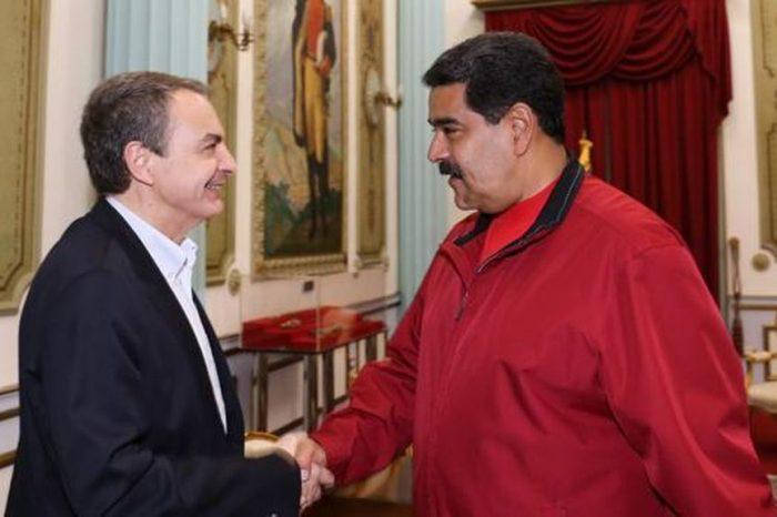 Rodríguez Zapatero responde a críticas de Juan Guaidó poniendo a Maduro como víctima