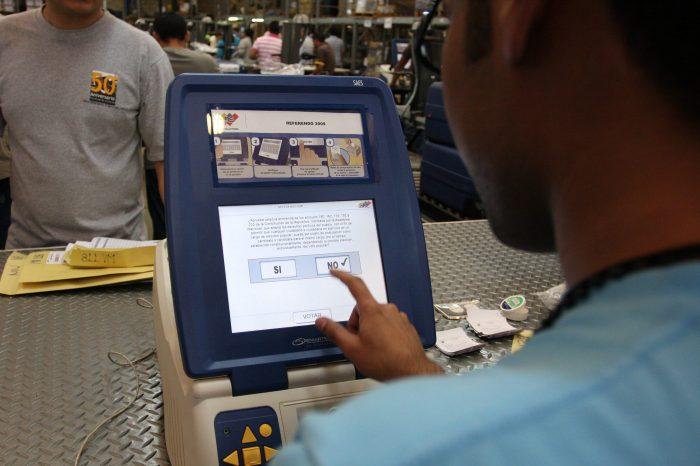 Cuestionan envío de 15 mil máquinas desde China para elecciones ilegales del madurismo