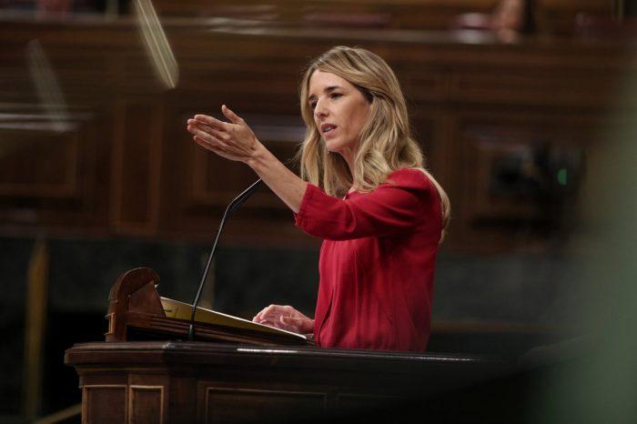 Una nueva propuesta del PP exige a Pedro Sánchez reconocer a Guaidó