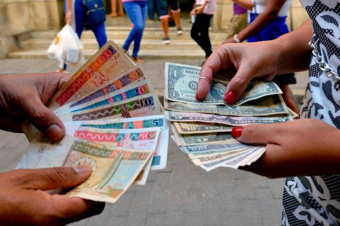 El verdadero cálculo de Díaz-Canel para prohibir el dólar en Cuba