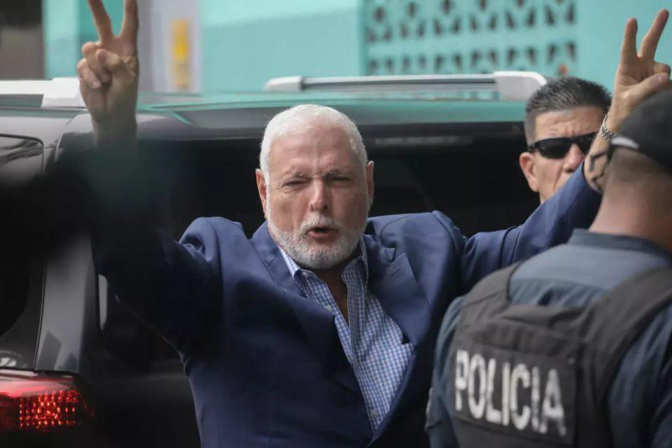 Acusaciones dudosas y otras artimañas, la estrategia de Martinelli para librarse de la justicia en Panamá