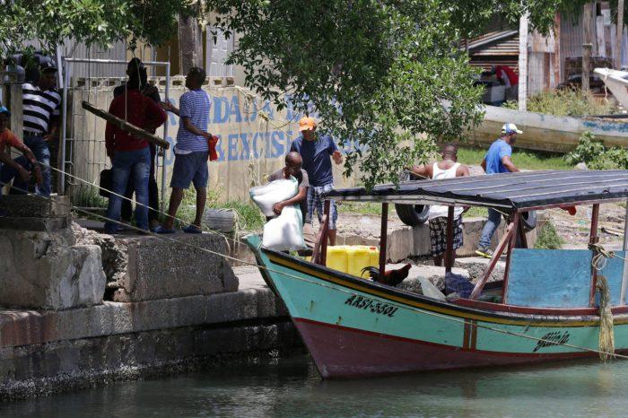 Trinidad y Tobago lanza masiva cacería contra centenares de venezolanos ilegales por temor al Covid-19