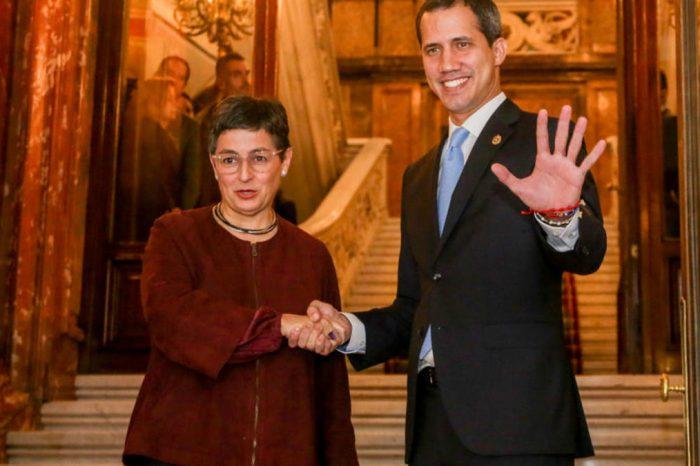 """España advierte a Maduro que Unión Europea desconocerá sus elecciones si no son """"limpias"""""""