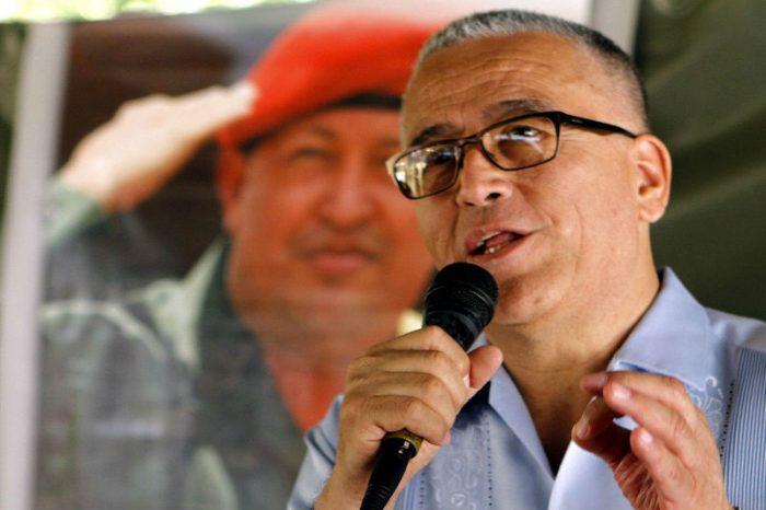 "Cuestionan a cura chavista que llamó ""bioterroristas"" a migrantes que retornan a Venezuela"