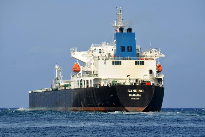 EEUU irá tras los buques de gasolina que Maduro envía a Cuba
