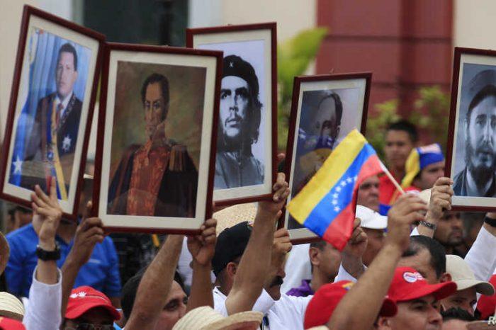 Cubanos en Venenezuela: el poder detrás del poder
