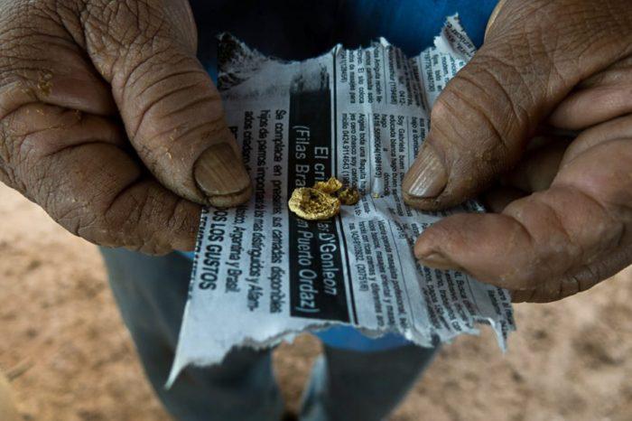 Gobierno interino de Venezuela detalla cómo el ELN se financia con oro de sangre venezolano
