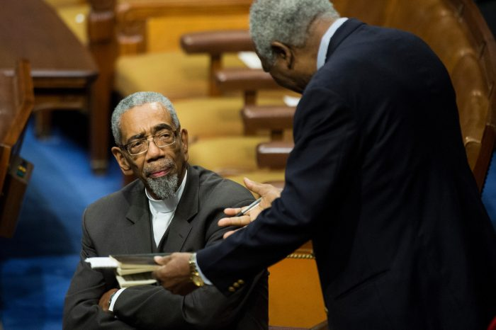Demócratas luchan en el Congreso por eliminar sanciones a Cuba