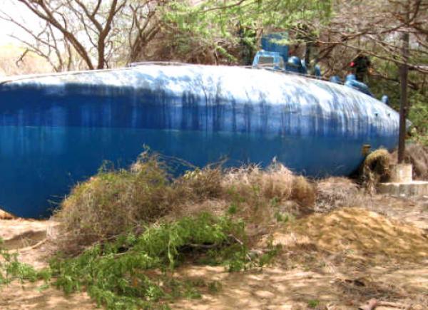 Autoridades colombianas encuentran al narcosubmarino más grande de la historia