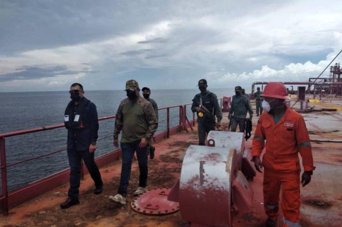 Militares sin preparación técnica están al mando de la transferencia de crudo del Nabarima