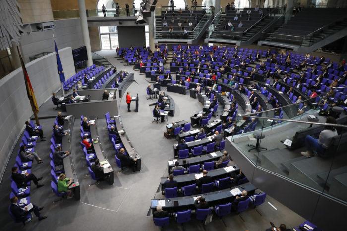 Europa endurece su postura y Alemania pide la renuncia de Maduro