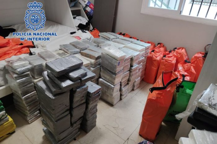 En Galicia, 28 detenidos por barco con 4.200 kilos de cocaína cargada en Venezuela