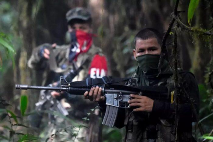 Soldados venezolanos que murieron en la frontera fueron enviados por Maduro a apoyar al ELN en su guerra contra ex guerrilleros de las FARC