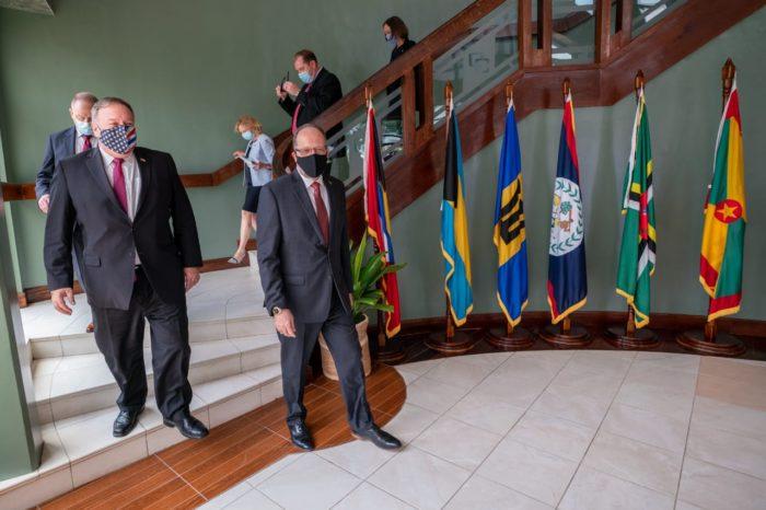 EEUU coordina estrategia multinacional en América del Sur para neutralizar a Maduro