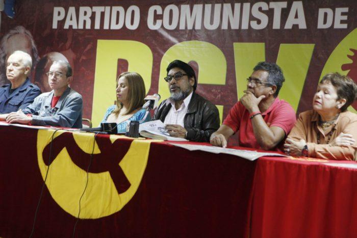 """Ni los comunistas defienden la """"ley antibloqueo"""" de Maduro"""