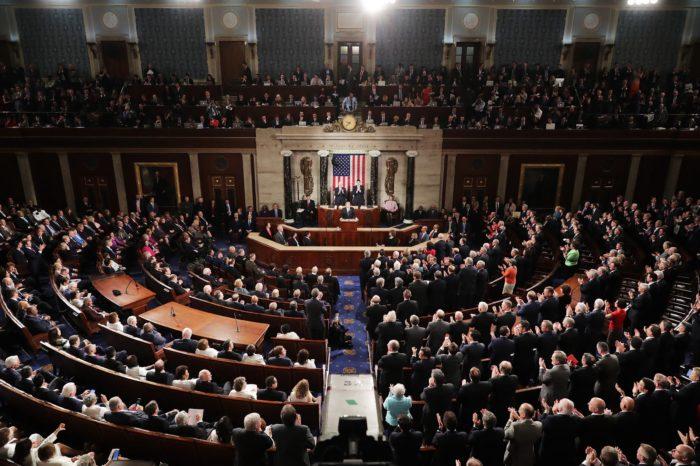 La guerra entre demócratas y republicanos que involucra a Venezuela