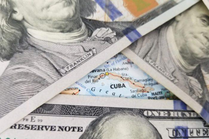 El dólar norteamericano se convierte en la moneda rey en la Cuba comunista