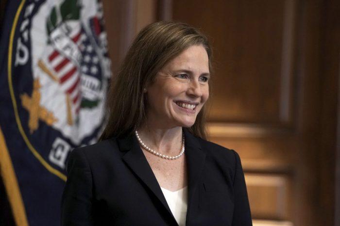Super mayoría conservadora en la Corte Suprema de EEUU tras confirmación a Amy Coney Barrett
