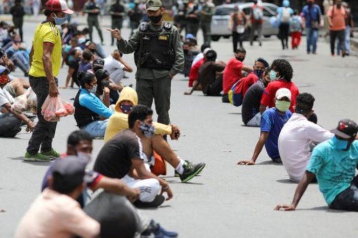 Así se propaga el coronavirus en los centros de cuarentena de Maduro