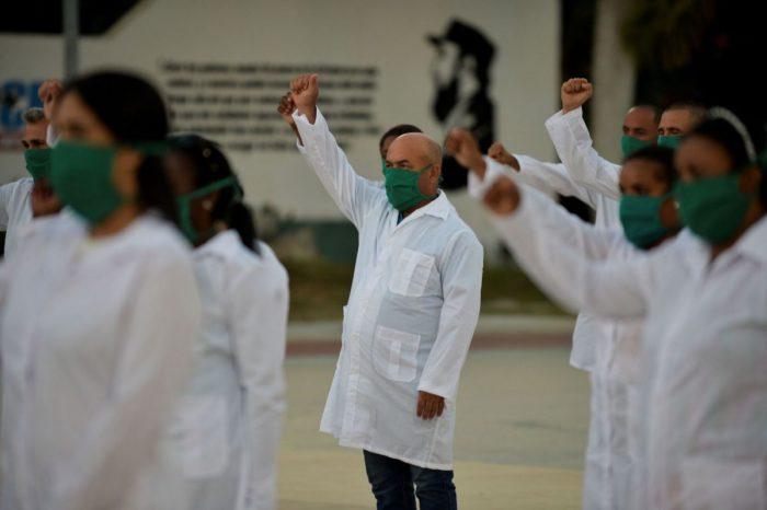 Denuncian que cubanos manipulan cifras del COVID-19 en Venezuela