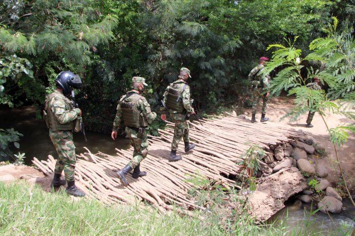 Colombia mueve tropas para atacar trochas criminales en frontera con Venezuela