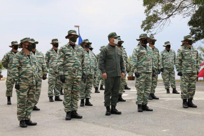 El secretismo no detiene los estragos que hace el coronavirus en el ejército de Maduro