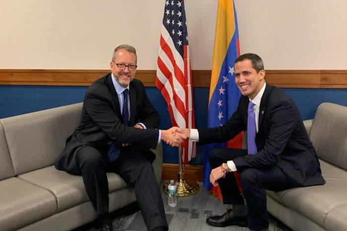 Washington cierra filas con Guaidó y le reitera su respaldo hasta que Maduro salga del poder