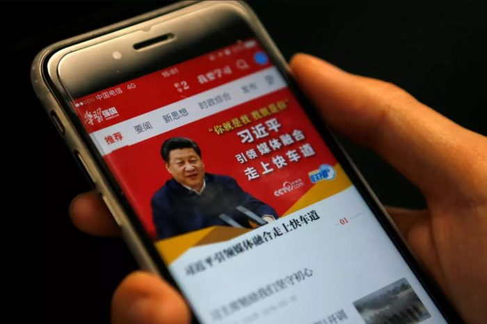 Xi Jinping gasta millones para recobrar credibilidad en China publicitando propaganda comunista en las redes sociales