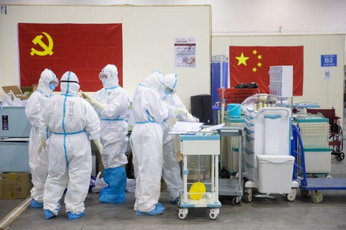 ¿Cómo logró Beijing que sus médicos oculten origen de la pandemia?