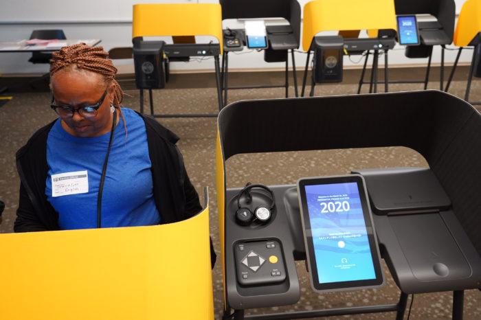 La seguridad del sistema electoral de Smartmatic contratado por Los Angeles fue cuestionada