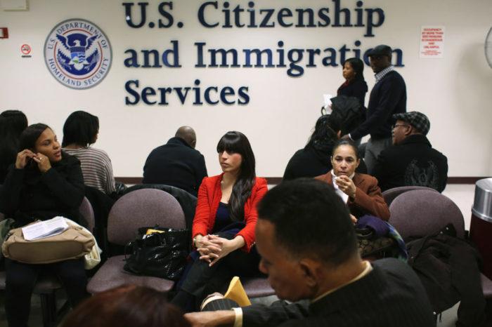 Sube el nivel de exigencia en exámenes para la ciudadanía estadounidense