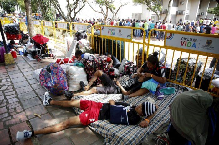 Un concejal de Cali pide deportar a venezolanos indocumentados ante incapacidad para atender migrantes que huyen de Maduro