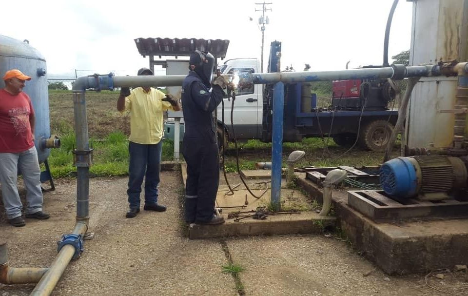 Chavismo persigue a petroleros