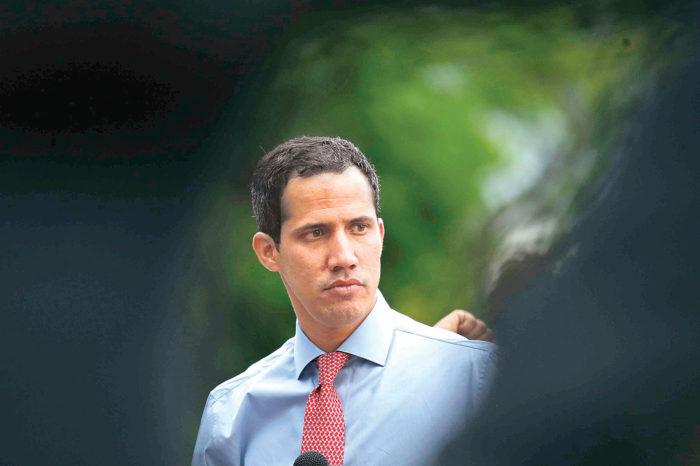 """La nueva propuesta de Guaidó """"para forzar una solución política"""" en Venezuela"""