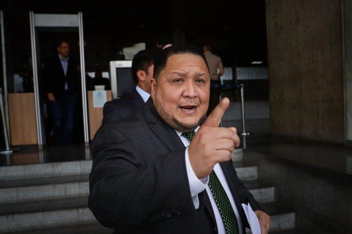 Asamblea Nacional chavista ordena persecución contra parlamentarios opositores