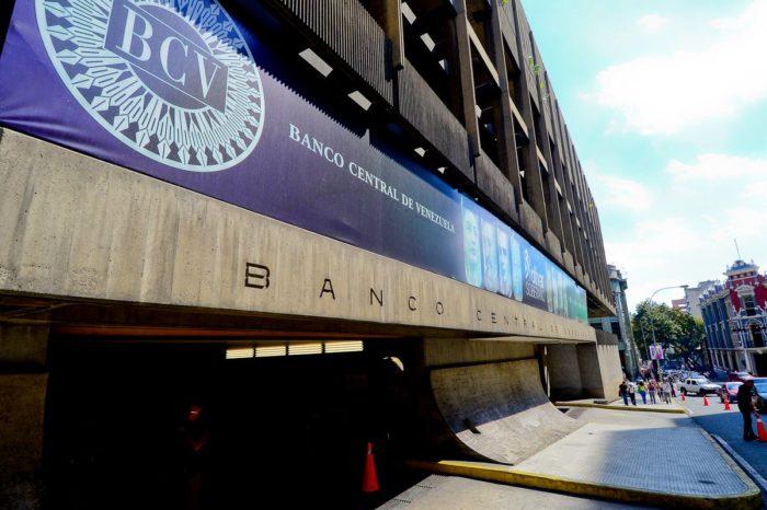 Dolarización sin el BCV aconsejan los expertos