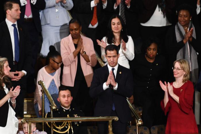 Estados Unidos y Japón reafirman reconocimiento a Juan Guaidó