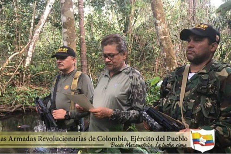 Las FARC y el ELN se reparten territorios mineros en Venezuela