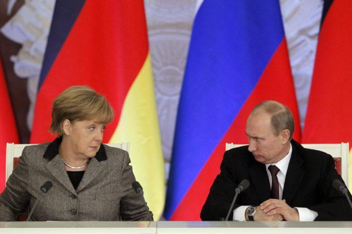 Rusia se separa más de la UE tras detención de opositor a Putin