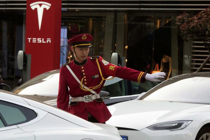 La doble estrategia china para neutralizar a Elon Musk y atacar a EEUU
