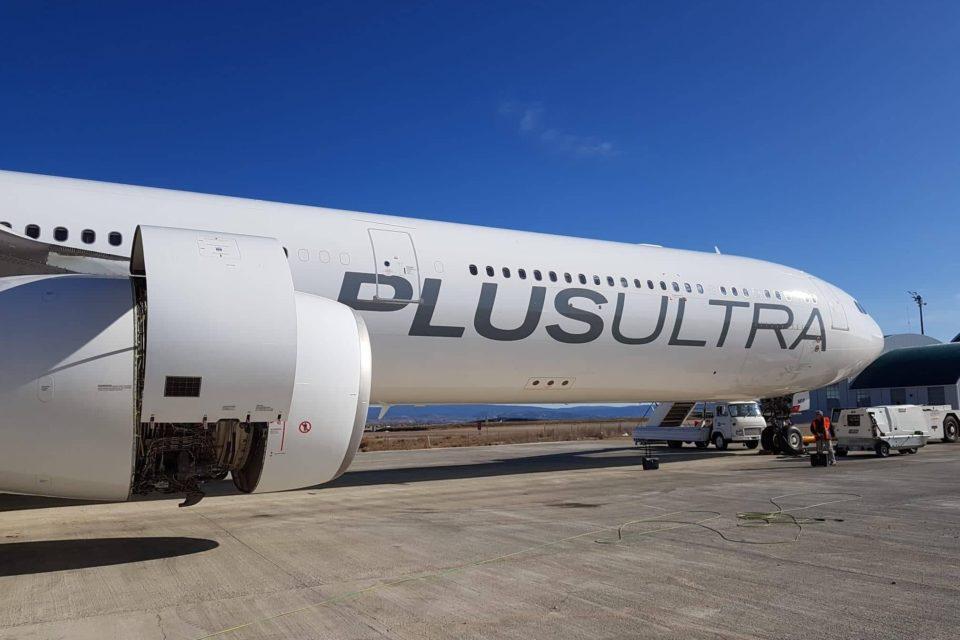 España culpa a Maduro por monopolio de la aerolínea chavista Plus Ultra