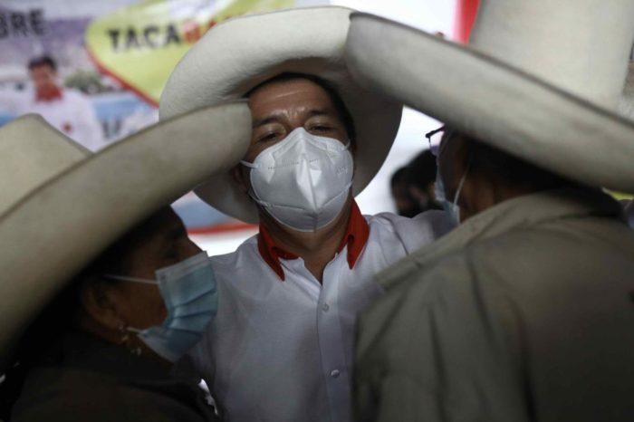 ¿Quién es el candidato izquierdista ganador de la primera vuelta en Perú?