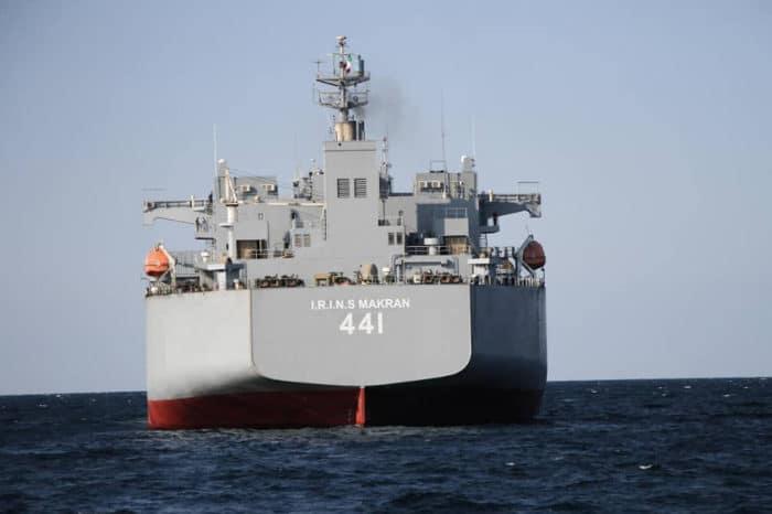 Irán dobla la apuesta y advierte que sus barcos de guerra no cambiarán su curso