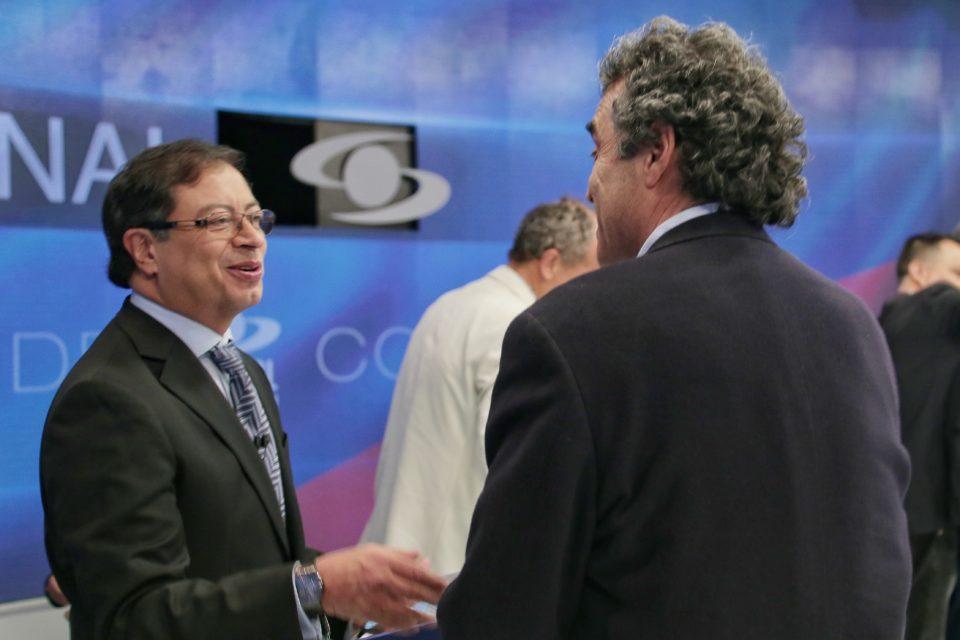 colombianos-desaprueban-actuacion-de-petro-y-fajardo-durante-el-paro