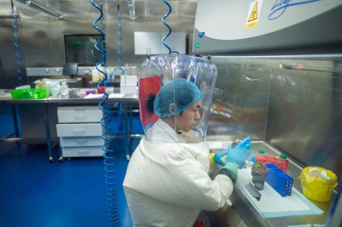 Un nuevo estudio revela que la COVID-19 fue creado en un laboratorio