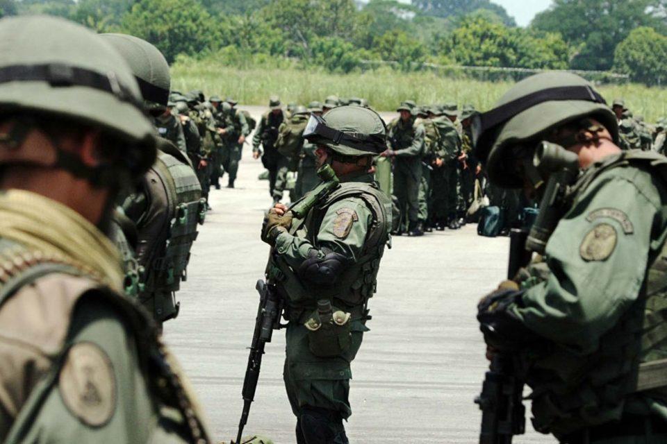 Dos soldados venezolanos siguen desaparecidos en la frontera