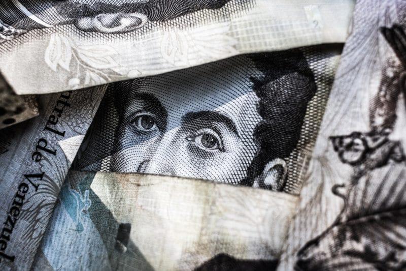a-la-banca-venezolana-no-le-interesan-los-bolivares