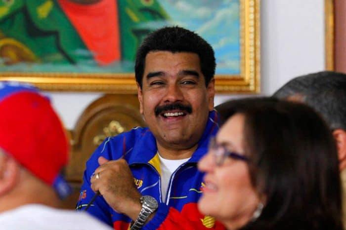 ANÁLISIS Bloomberg: Nicolás Maduro eligió su propia supervivencia sobre la de su país