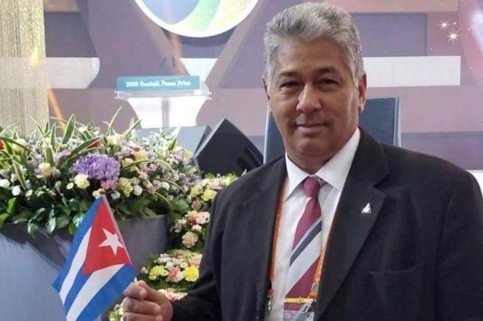 Dictadura castrista persigue e interroga a líder de la masonería cubana
